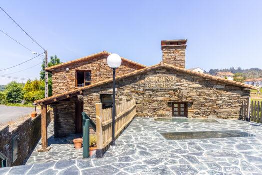 En Pondeume, antiguo molino de piedra restaurado, se vende